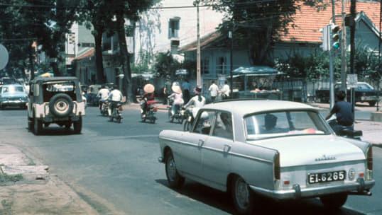PEUGEOT XƯA VÀ NAY: KỲ 1 - Peugeot – Dấu ấn trong lòng người Việt | Peugeot Giải Phóng | 0938900725